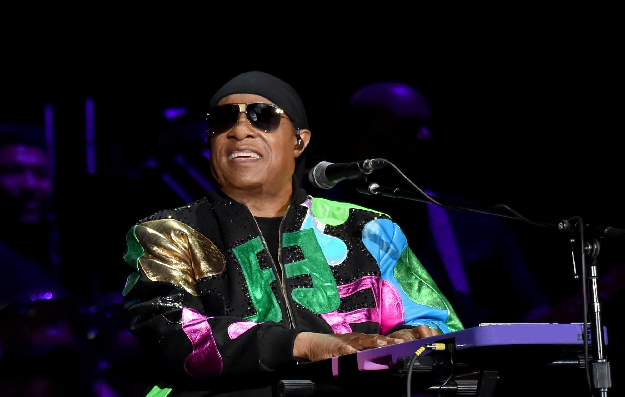 Hampir 15 Tahun Hiatus, Stevie Wonder Akan Rilis Lagu Baru